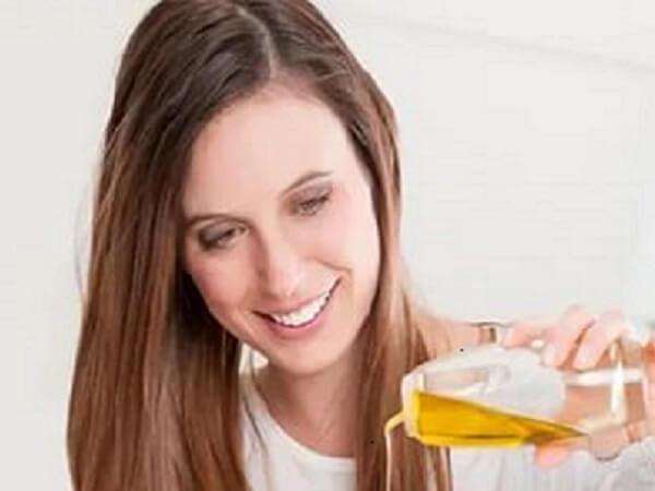 Льняное масло для женщин фото