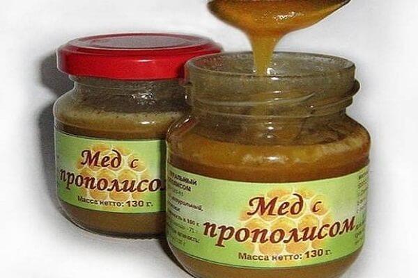 Мед с прополисом фото
